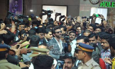 Hrithik Roshan @ Kochi Lulu Mall