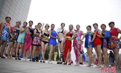 odd-news-elderly-women-show-off-their-beach-bodies-in-special-bikini-contest