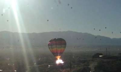 latest-news-baloon-aeroplane-accident-in-america