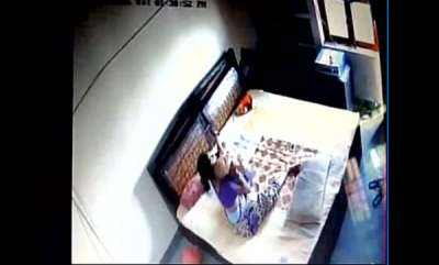 latest-news-mother-mercilessly-beats-her-infant-son-tries-to-strangulate-him-in-bareilly