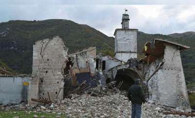 latest-news-the-devastating-moment-a-700-year-old-church-crumbles