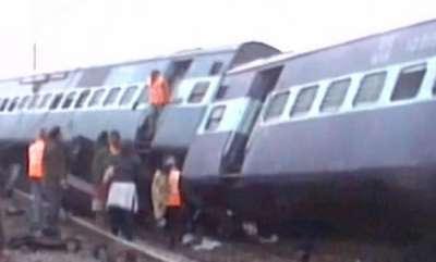 latest-news-2-killed-many-injured-as-ajmer-sealdah-express-train-derails