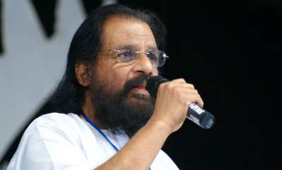 latest-news-yesudas-says-no-to-selfies
