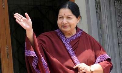 latest-news-veteran-director-to-make-a-tamil-telugu-biopic-on-jayalalitha