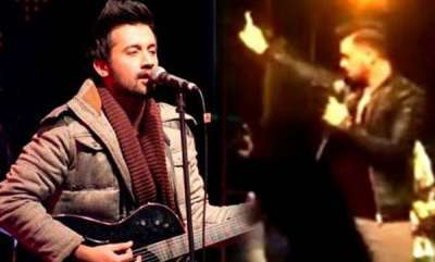 latest-news-atif-aslam-rescue-girl-from-boys