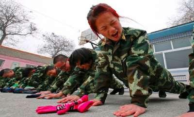 odd-news-chinese-company-push-up-punishment