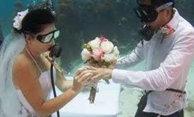 latest-news-rare-marriage-occasion-under-sea