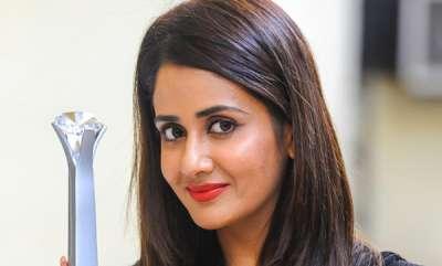 latest-news-stray-dog-attack-actress-parul-yadav-seriously-injured