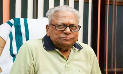 latest-news-vs-achuthanandan-distances-himself-from-chief-ministers-stance-on-law-academy-land-issue