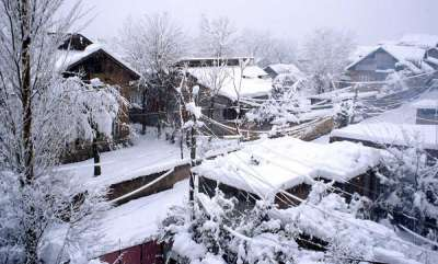 latest-news-kashmir-valley-sees-widest-whiteout-in-25-years
