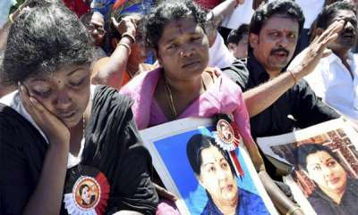 latest-news-how-tamils-reacted-to-same-verdicts-that-convicted-jayalalitha-and-sasikala