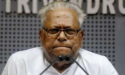 latest-news-vs-achuthanandan-ridicules-kummanam-and-sudheeran