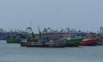 latest-news-sri-lankan-navy-shoots-indian-fishermen