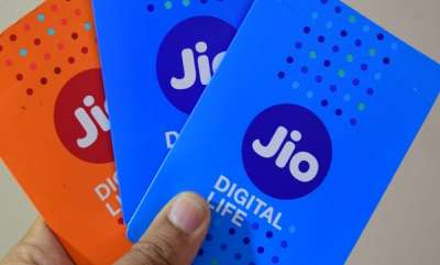 latest-news-reliance-jio-is-stoping-there-free-services-end-march-31