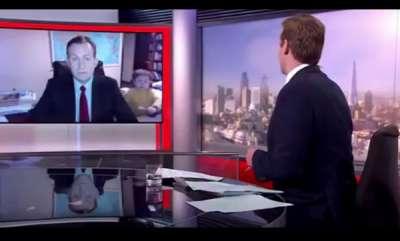 surprise-kids-walk-in-during-live-tv-bbc-news-interview