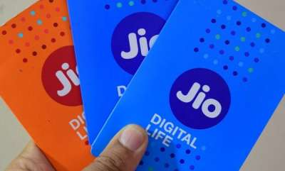 tech-news-reliance-jio-google-reportedly-working-on-affordable-4g-volte-android-phone-that-will-work-only-on-jio-network
