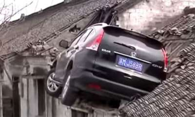 voices-suv-crashes-into-roof