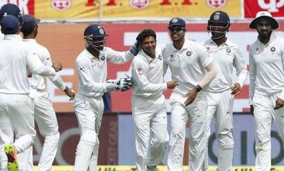 sports-debutant-kuldeep-restricts-australia-to-208-6-at-tea