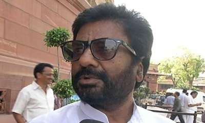 latest-news-shiv-sena-mp-may-move-privilege-motion-against-airlines