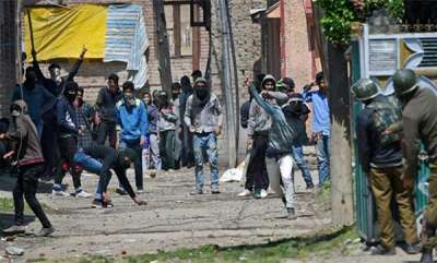 latest-news-security-forces-to-use-plastic-bullets-for-crowd-control-in-kashmir