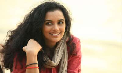 chit-chat-swetha-menon-about-her-delivery
