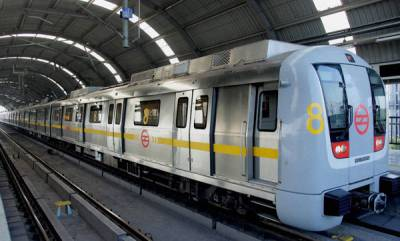 india-woman-commits-suicide-at-delhi-metro-station