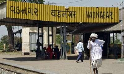 latest-news-railway-station-where-modi-sold-tea-to-get-8-crore-makeover