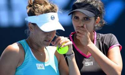 latest-news-miami-open-sania-barbora-strycova-defeated-martina-hingis-and-chan-yung-jan