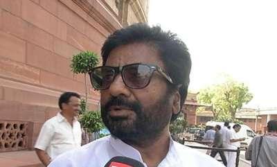 latest-news-mp-gaikwad-books-air-india-ticket-but-takes-rajdhani-instead