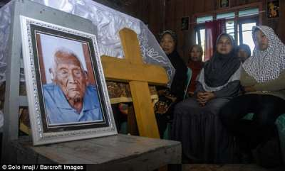 odd-news-worlds-oldest-person-who-outlived-four-wives-and-claimed-to-be-146-years-old-dies