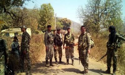 india-jawan-injured-in-gun-battle-with-naxals-dies