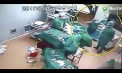 odd-news-watch-fight-breaks-out-mid-surgery-between-medical-workers-in-operating-room
