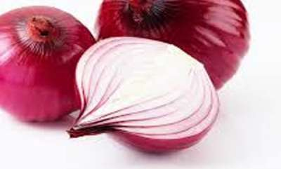 life-style-say-goodbye-to-hair-fall-with-onions