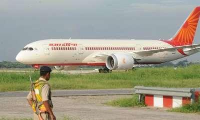 latest-news-air-india-passenger-plane-makes-emergency-landing-at-mumbai-airport