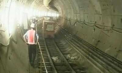 latest-news-how-kolkata-is-building-tunnel-under-water-for-60-second-metro-ride