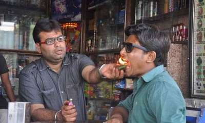 surprise-fire-paan-the-hottest-street-snack-to-ever-come-out-of-india