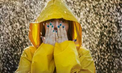 life-style-monsoon-skincare-expert-tips-to-take-care-of-oily-and-dry-skin-during-the-rains