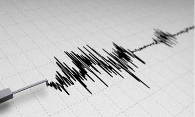 world-strong-shallow-earthquake-rattles-indonesias-capital