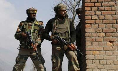 latest-news-3-terrorists-killed-in-kakpora-pulwama-encounter3-ak47-rifles-and-ammunition-recovered