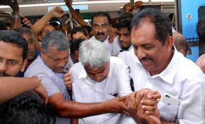 latest-news-kochi-metro-oommen-chandy-kmrl