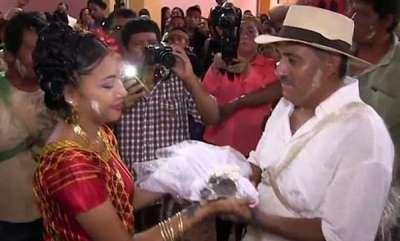 odd-news-mexican-mayor-marries-a-crocodile-bride