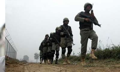 india-a-child-and-soldier-killed-in-pakistan-shelling-on-loc
