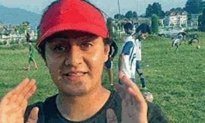 latest-news-this-kashmiri-girl-kicks-off-football-with-valleys-youth