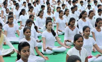 latest-news-sc-dismisses-plea-for-making-yoga-compulsory-in-schools