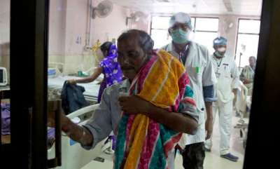 latest-news-disrespect-to-childrens-dead-body-in-ghorakpur-hospital