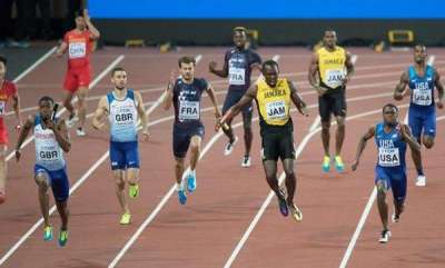 sports-news-usain-bolt-collapses-in-final-race-team-doctor-says-it-was-a-cramp-but-hell-have-mri-sunday