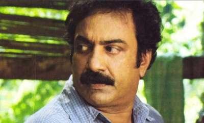 latest-news-kin-of-sreenath-meets-chief-minister-pinarai-vijayan-sought-re-probe-into-his-mysterious-death