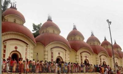 india-boy-16-dies-after-45-foot-fall-in-hindu-temple