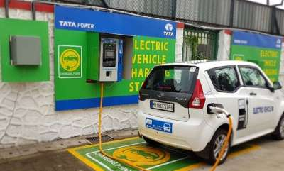 auto-mumbai-gets-its-first-electric-vehicle-charging-station
