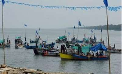 latest-news-two-injured-after-fishing-boat-collide-with-cargo-vessel